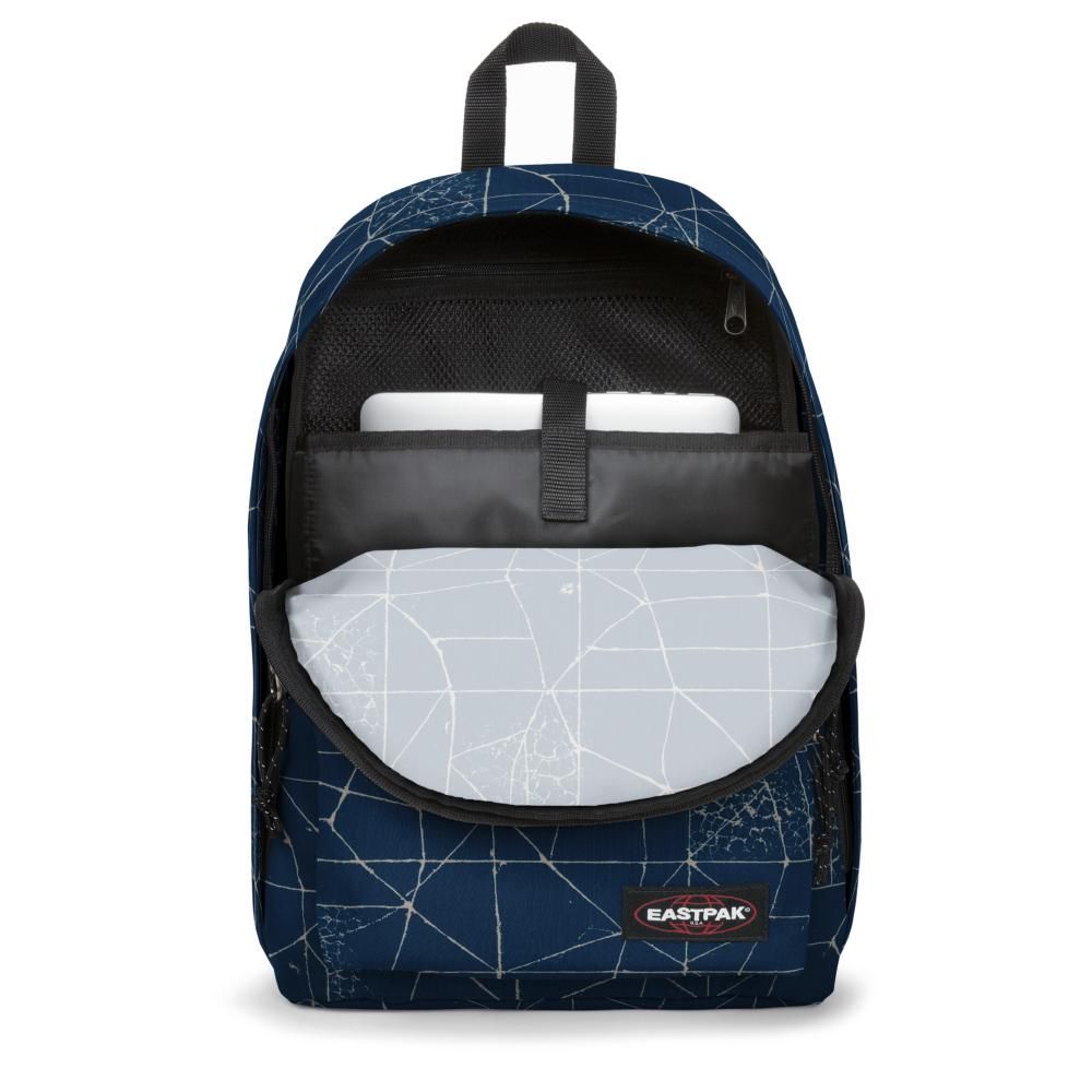 82ea5001145 Eastpak Out Of Office - Laptop Rugzak - cracked blue - Luggage 4 All